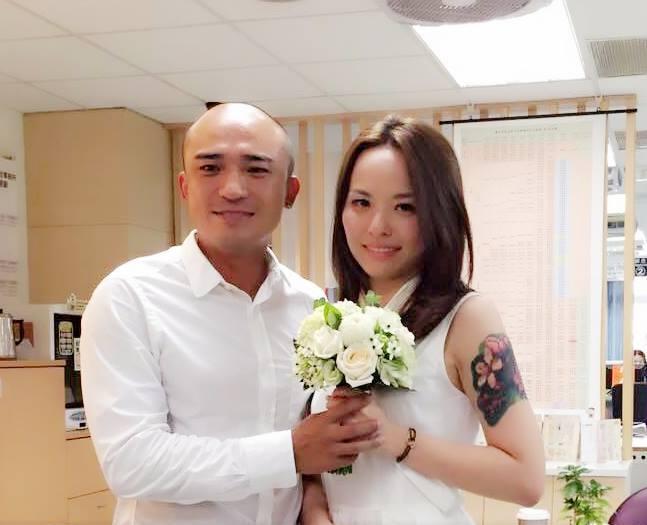 ▲藝人小馬今與女友小米登記結婚(圖/翻攝自小馬臉書,2015.8.20)