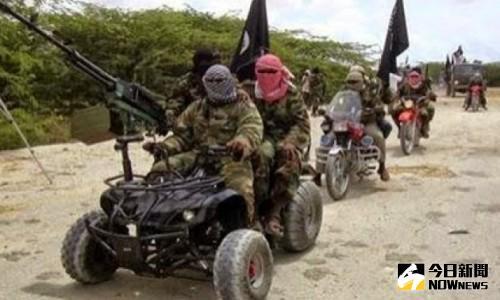 ▲奈及利亞東北部城市邁杜古利(Maiduguri)30日驚傳遭到恐怖組織「博科聖地」(Boko Haram)攻擊,造成至少有65人死亡。(圖/翻攝自推特)
