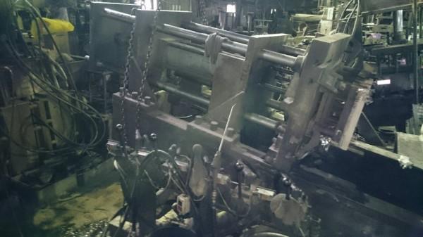 ▲五股一間機械工廠今傳出有大型機械倒塌壓傷工人的意外。(圖/社會中心翻攝)