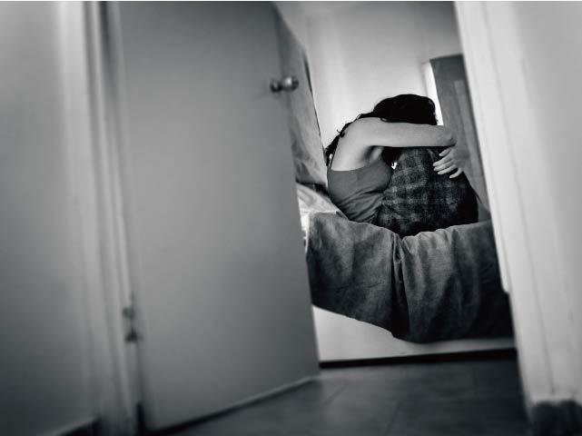 ▲性侵犯於假釋期間,又性侵弱智女子。(圖為示意圖)