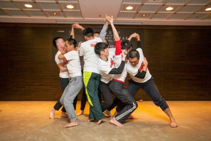 ▲布拉瑞揚舞作《阿棲睞》的舞蹈片段。(圖/兩廳院提供)