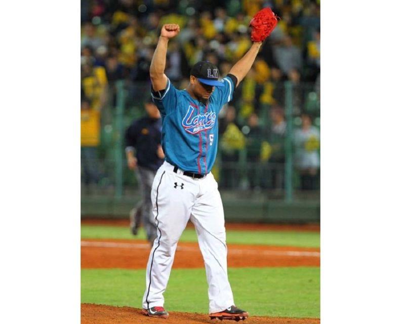 ▲洪總看好米吉亞(Miguel Mejia)拿年度MVP。(圖/Lamigo桃猿提供)