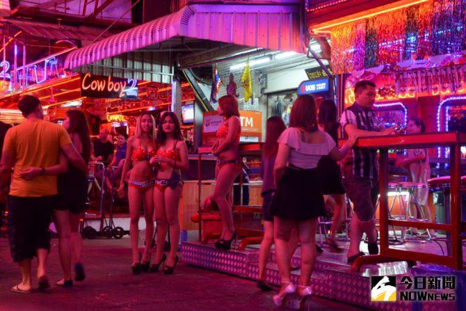 ▲性愛機器人為主題的大型樂園,地點可能位於拉斯維加斯、曼谷或阿姆斯特丹,朝「成人迪士尼」方向發展。(圖/翻攝自inquisitr網站 )