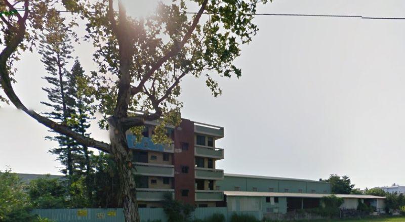 ▲台中烏日馬路旁鬼屋相當有名。(圖/翻攝自Google map)
