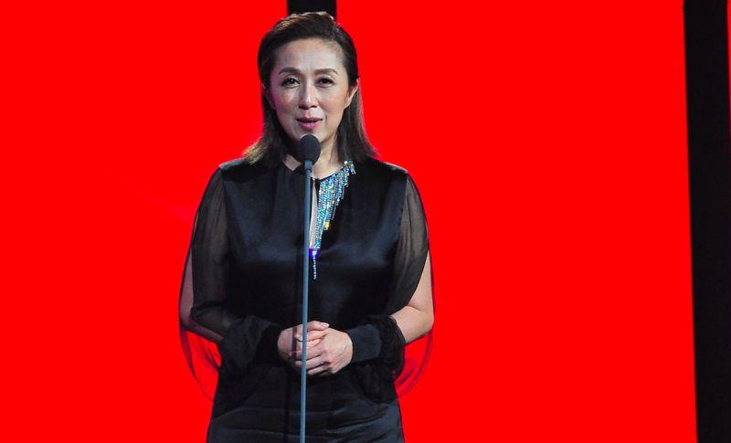 ▲評審團主席黃韻玲代表上台致詞。(圖/台視提供,2017.06.24)