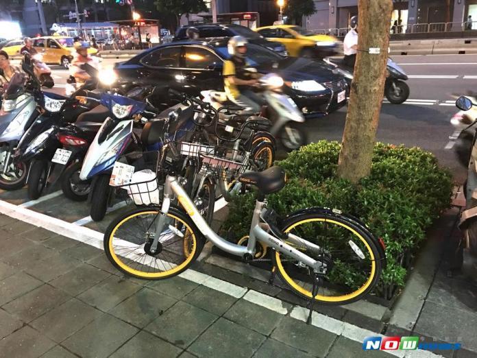 ▲北市議員簡舒培31日表示,若北市府不盡快研擬腳踏車的相關管理法,將會出現很大的問題。(圖/NOWnews)