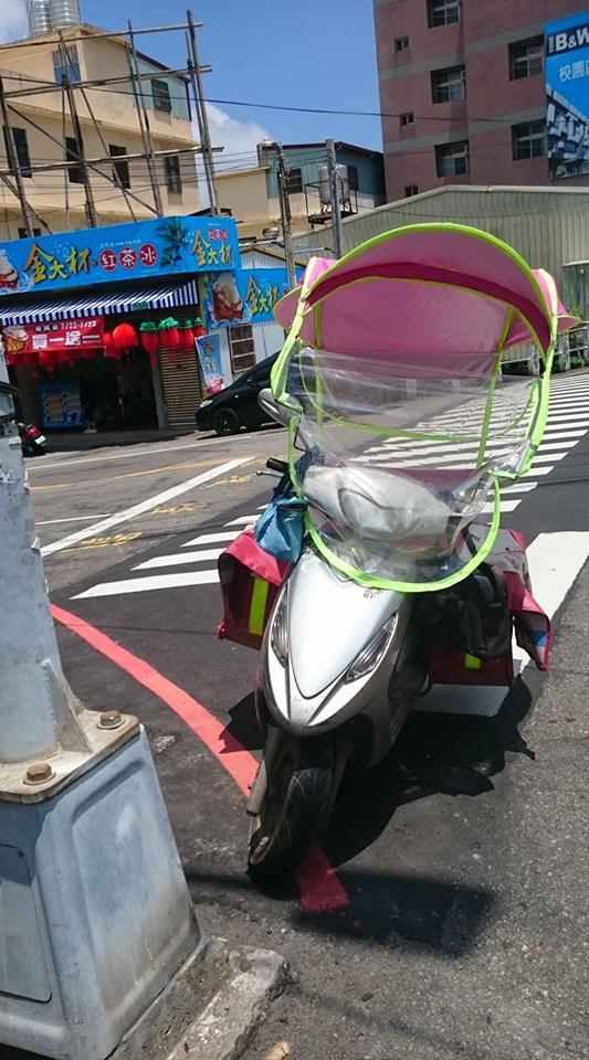 夏天騎車好崩潰 騎士竟這樣改裝