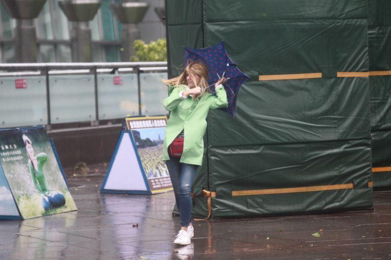 米克拉持續增強中!9縣市大雨特報 5縣市慎防大雷雨