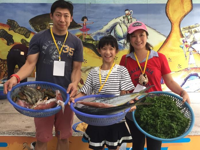 新北「慢魚教育」初體驗 親子共嚐海食幸福味