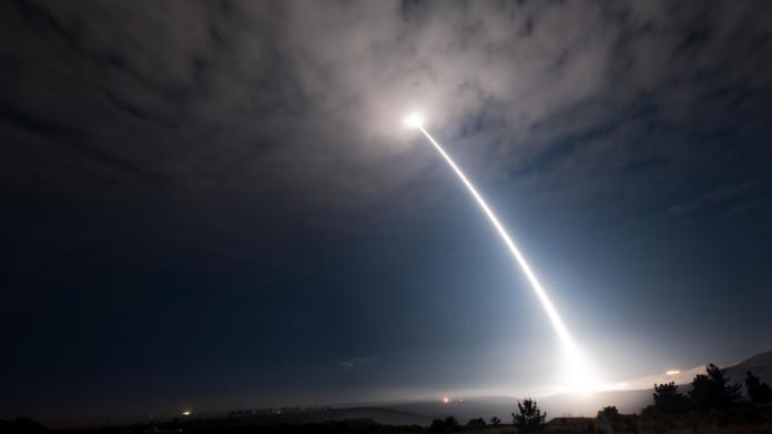 尬北韓?美國成功試射洲際彈道飛彈