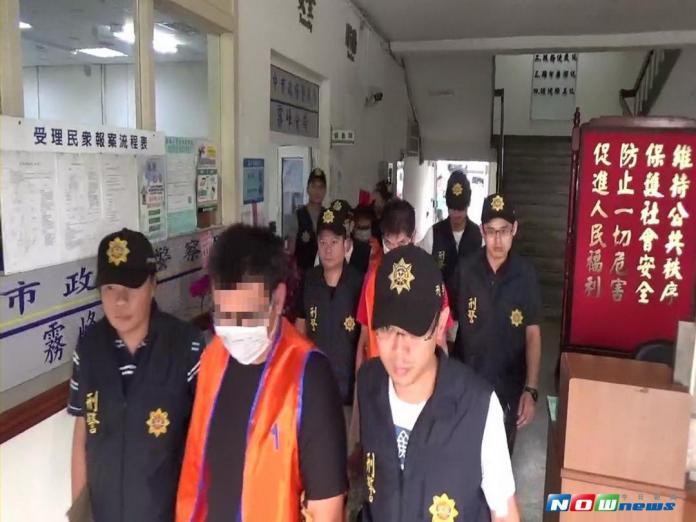 ▲霧峰警方掃黑捕十人(圖/林重鎣攝 , 2017.9.17)