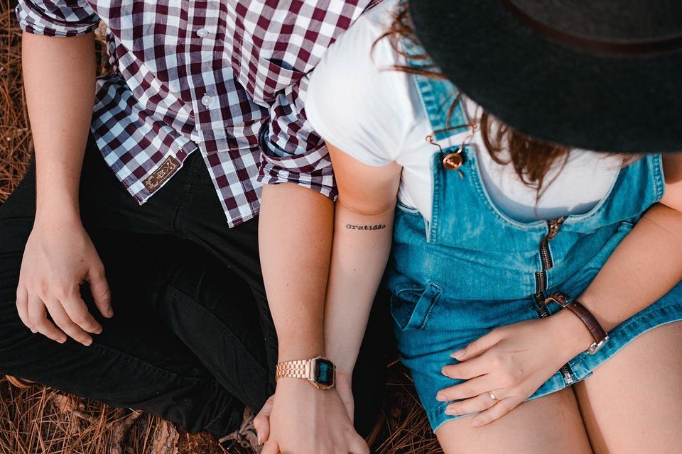 ▲英國有網友分享,她朋友利用IG「1功能」,成功抓到男友劈腿的證據,影片也吸引90多萬人朝聖。(示意圖/翻攝自Pixabay)