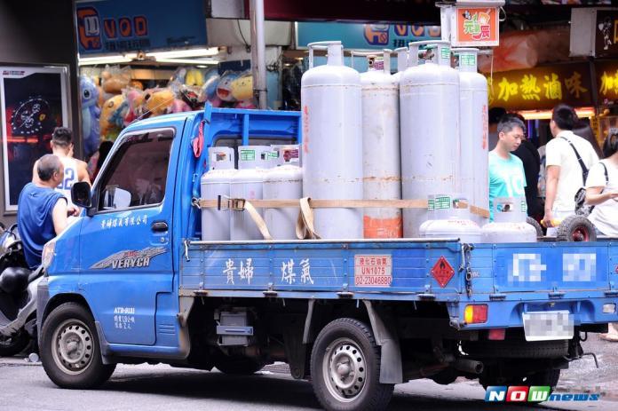 ▲中油宣布,桶裝瓦斯9月調漲1.9元,天然氣不調整。(圖/NOWnews  資料照片)