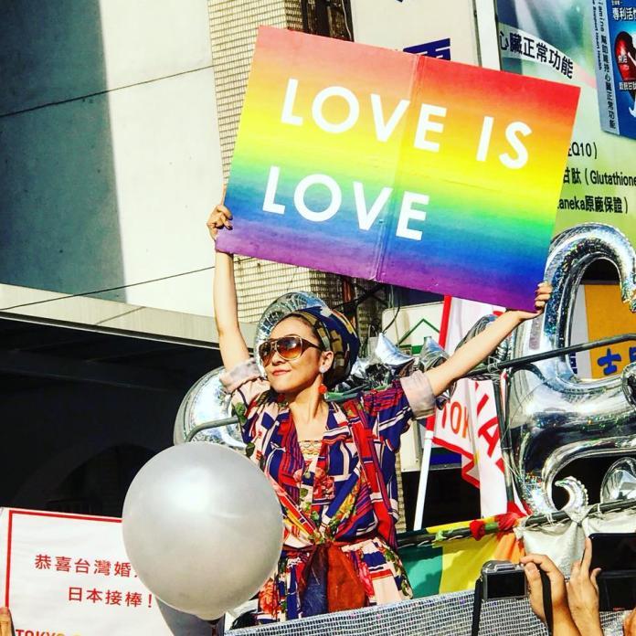 赴台挺同志大遊行 日本歌姬<b>米希亞</b>高喊:台灣很棒