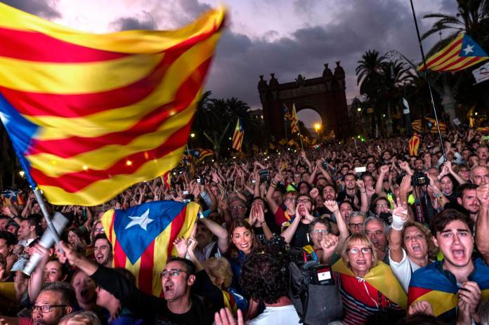▲西班牙總理桑傑士(Pedro Sanchez)今天表示,政府計劃於明天特赦9名被關押的加泰隆尼亞地區分離主義領袖。這些人在2017年領導加泰追求獨立,但行動以失敗告終。資料照。(圖/美聯社/達志影像)