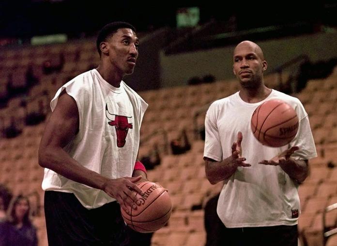 ▲Ron Harper(右)和Scottie Pippen(左)。(圖/美聯社/達志影像)