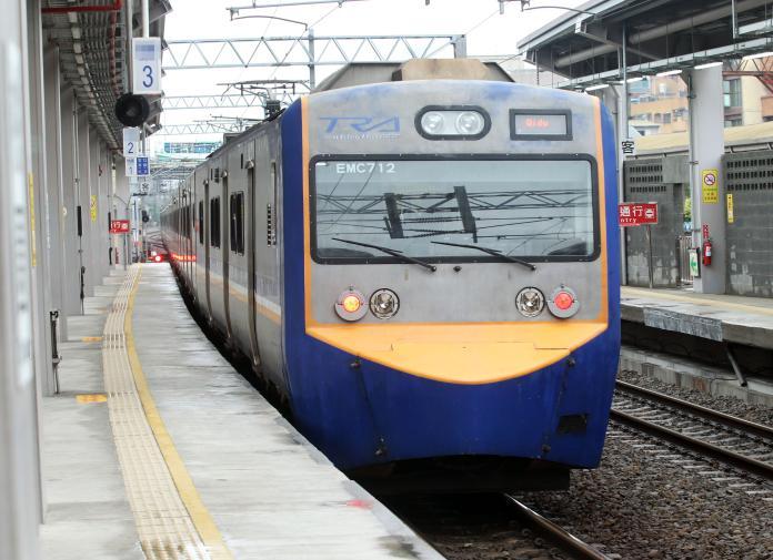 台鐵上午陸續恢復行駛 阿里山森鐵暫停營運