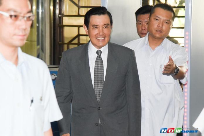 前總統馬英九以被告身分出庭應訊。(圖/記者陳明安攝,2017.08.16)