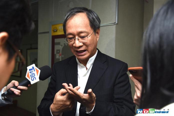 ▲主任委員小野為本屆金鐘作結。(圖/NOWnews攝影中心,2017.9.30)