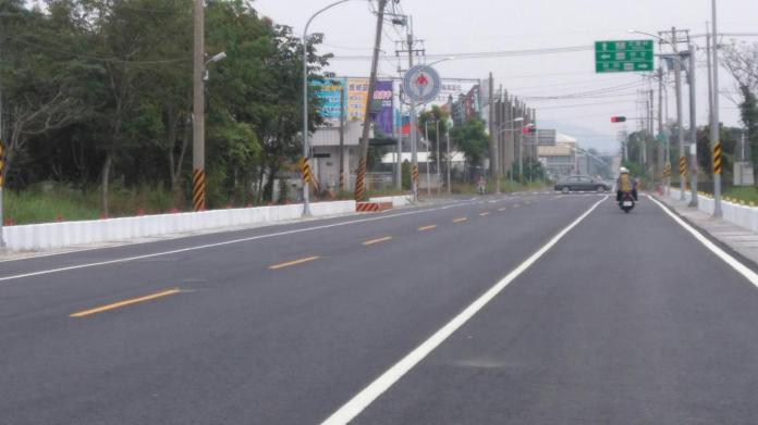 高市<b>橋頭區</b>甲樹路道路拓寬工程完工 行車更順暢