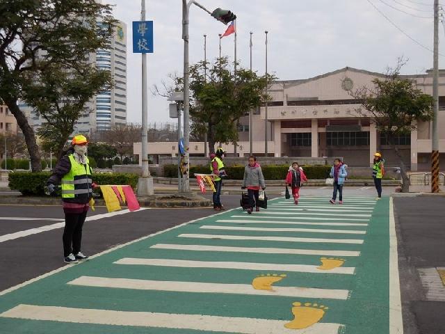 確保學童上下學途中安全 中市教育局打造安全防護網