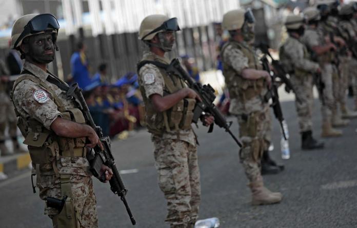 葉門叛軍發射長程飛彈 攻擊沙烏地阿拉伯首都遭攔截