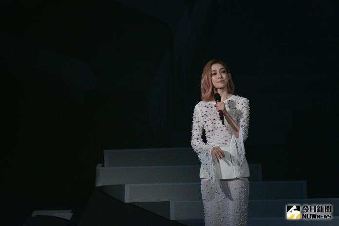 ▲范瑋琪《在幸福的路上》小巨蛋演唱會。(圖/記者葉政勳攝 , 2017.11.04)