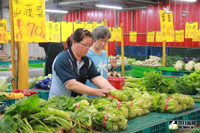 憂颱風釀農損農民急搶收 葉菜價微幅上漲