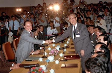 兩韓文金會與首次辜汪會同日的暗示 兩岸收到了嗎?