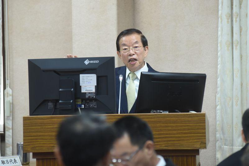 巷仔內/謝長廷是中華民國駐日代表 或民進黨駐日代表?