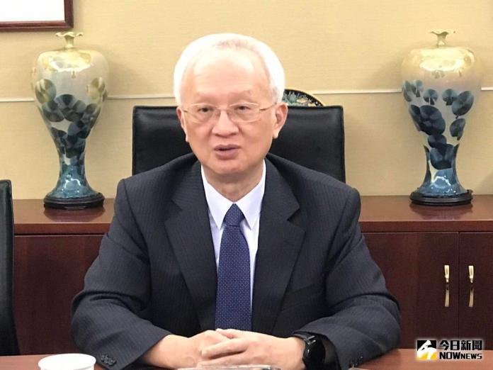 ▲第一金控董事長董瑞斌表示,受到慶富案影響,將在年底認列呆帳新台幣45.5億元,年終獎金平均恐將降至4個月(圖/記者顏真真攝 )