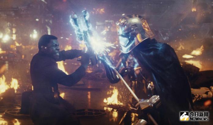 37年最佳!《星際大戰8》被狂讚:星戰版《黑暗騎士》