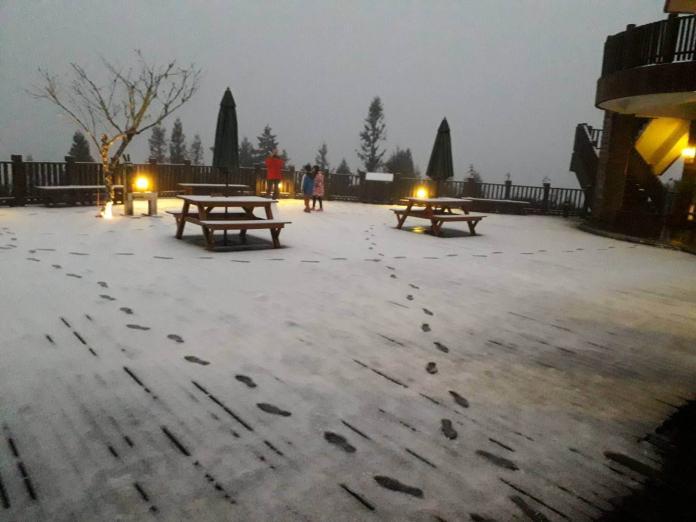 冷氣團續發威太平山降<b>冰霰</b> 周末有望見瑞雪