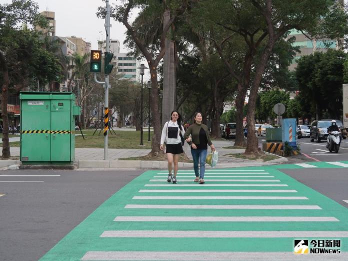 新竹綠園道新增40座<b>小綠人</b> 陪伴行人安全過馬路