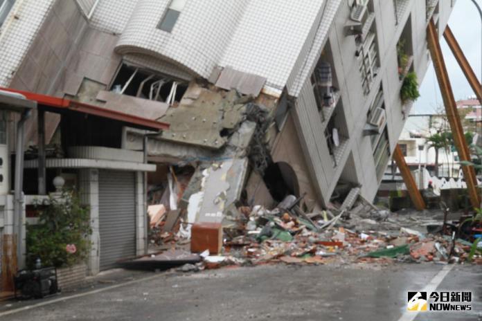 ▲花蓮大地震共進行38小時,目前尚有8人失聯,警方公布名單,請全國鄉親協助。(圖/記者鄭志宏攝)