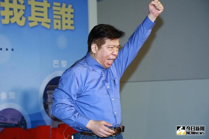 ▲前陸委會副主委張顯耀宣布投入台北市長選舉。(圖/記者葉政勳攝 , 2018.02.21)