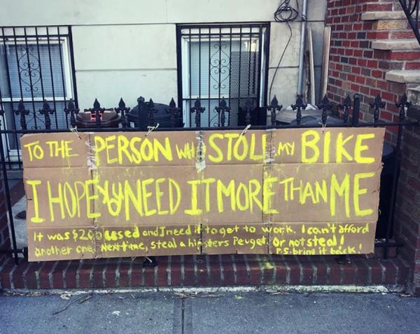 紐約女子的單車被偷 自製<b>標語</b>換來超驚喜結局