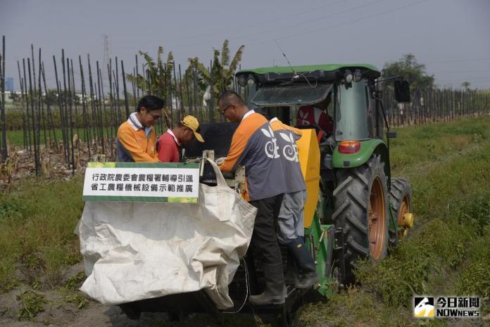 馬鈴薯收穫機 省工機械解決沒工人困境