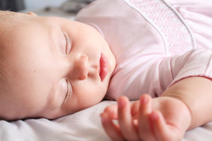▲侵襲率96%!47嬰幼兒爆群聚感染,托嬰中心延報挨罰。(圖/翻攝自pixabay)