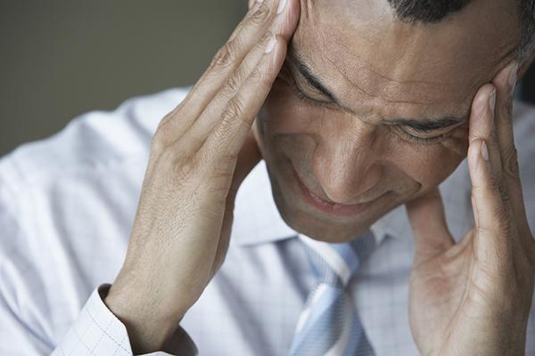 ▲季節變化時,較容易發生嚴重落髮,已早禿頭困擾者,應盡早就醫治療。(圖/ingimage)