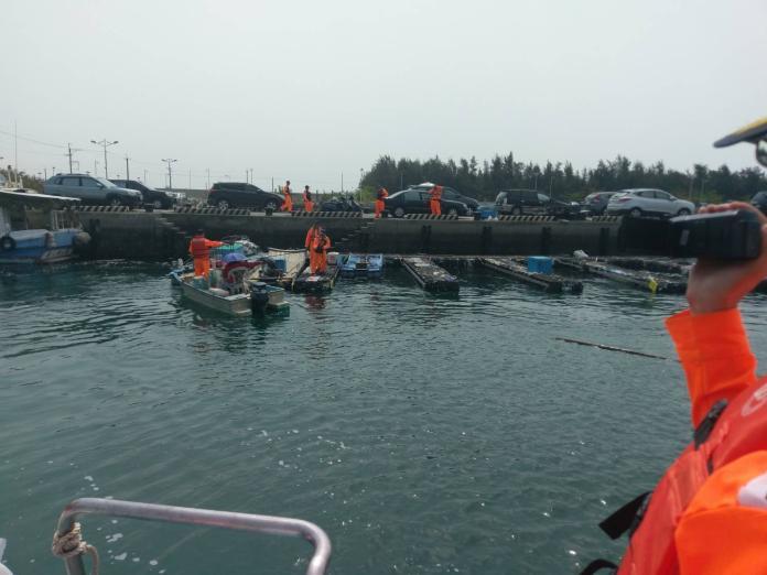 ▲海巡署布袋海巡隊完成海上救援回港。(圖/海巡署提供 , 2018.03.25)