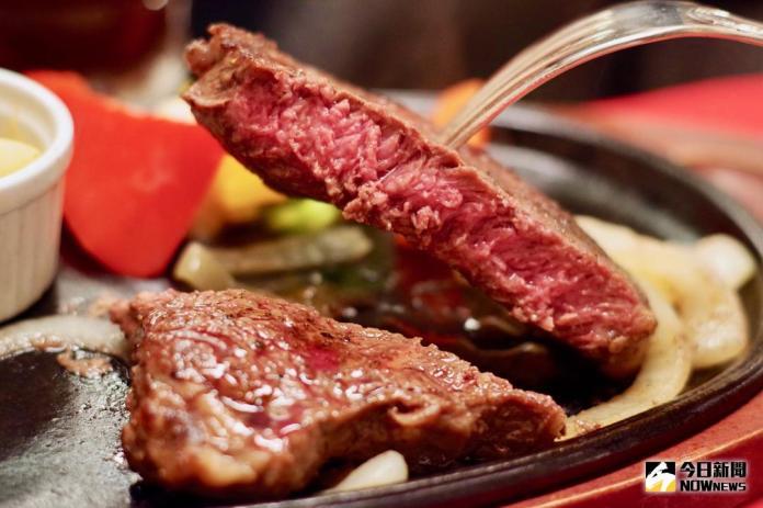 ▲茨城縣特產「常陸牛」是日本和牛界的佼佼者,一份最高A5等級的和牛套餐只要3,000日幣起跳。(圖/記者陳致宇攝 , 2018.03.26)