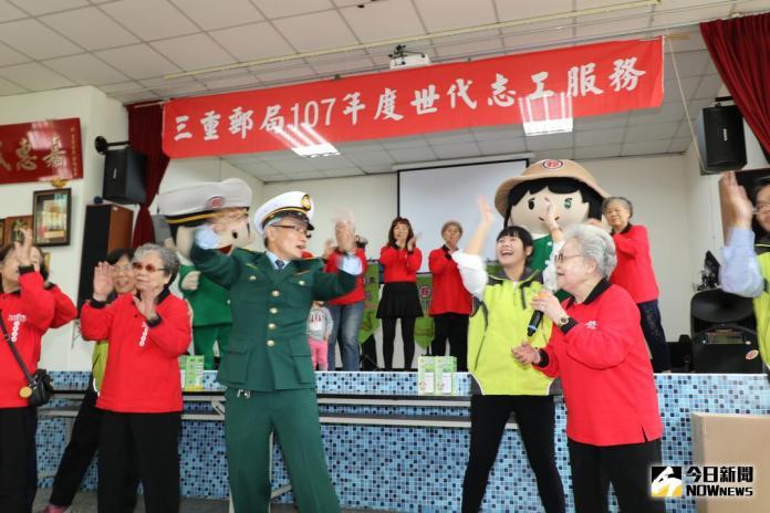 <b>綠衣天使</b>懂老訓練 世代志工到社區陪伴長輩
