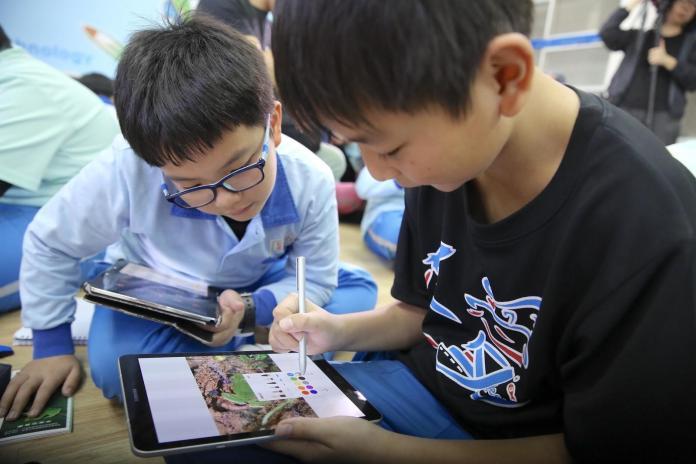 ▲台灣三星今(31)日宣布與TEDxTaipei合作,展開一系列Adventure課程,提供學童完善的學習環境,突破現有框架。(圖/三星提供)