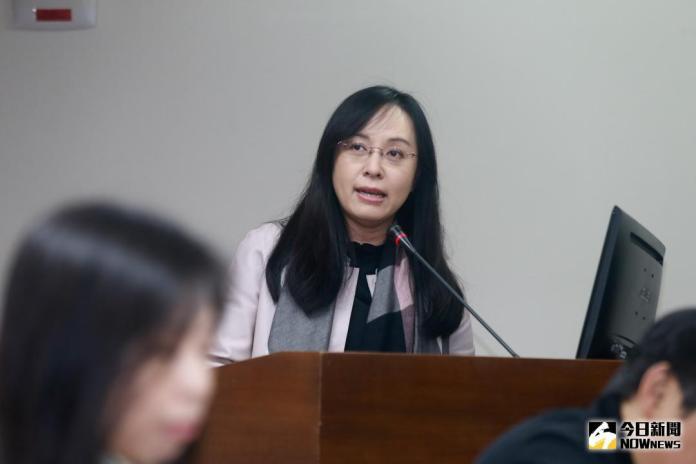 籲政院紓困排富發現金 陳瑩:不要繼續關在辦公室想政策