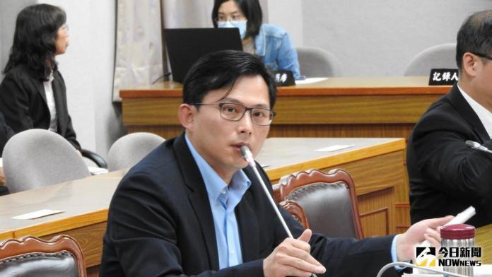 不滿「萬年二審法案」 黃國昌批邱太三是<b>司改</b>最大絆腳石