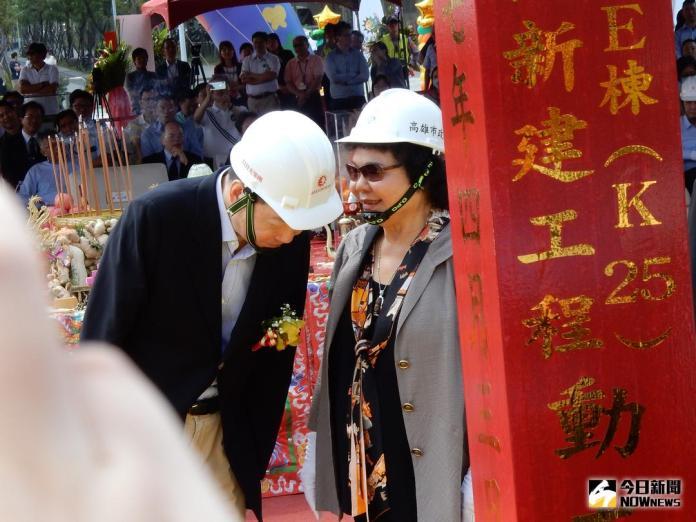 ▲高雄市長陳菊(圖右)與日月光董座張虔生(圖左)。(圖/記者許家禎攝 , 2018.4.3)