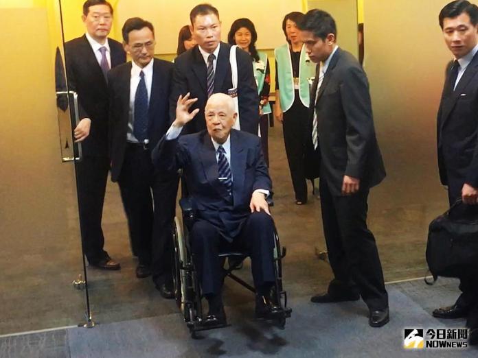 ▲前總統李登輝到場支持喜樂島聯盟成立。(圖/記者宋德威攝 , 2018.04.07)