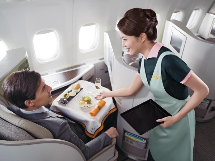 全球十大最佳航空公司 新航奪冠、長榮獲第五名
