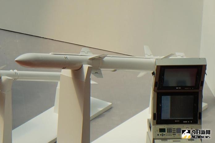 ▲艦射型天劍二型飛彈。(圖/記者呂烱昌攝影)
